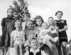 Christmas 1946, Ulrich Family Collecton