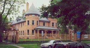 4800 Ellis Avenue in 2003.   Eberhard E. Fuhr Collection